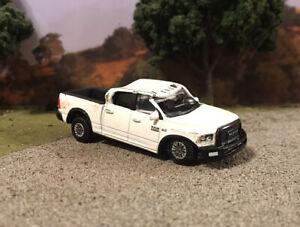 2017 Dodge Ram 2500 Truck Crashed Custom 1/64 Diecast Wrecked Junkyard Wreck