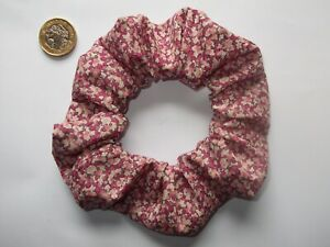 ONE HAND MADE HAIR SCRUNCHIE IN LIBERTY OF LONDON PRINT TANA LAWN COTTON FABRIC