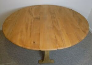 Large Ercol Gate Leg Folding Extendable Dining Table, Elm & Beech Restored, 610