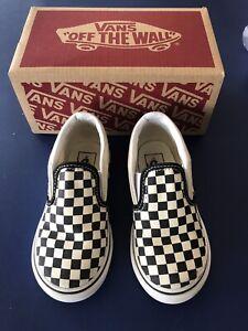 Children Unisex Sneakers & Slip On Shoes Vans Kids Authentic Core (Toddler) 8.5