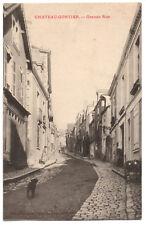CPA 53 - CHATEAU GONTIER (Mayenne) - Grande Rue - Ed. Briard-Crosnier
