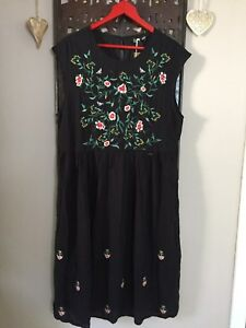 Dreimaster Kleid Sommerkleid Gr. L 40 42 traumschön luftig Stickereien