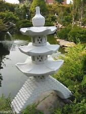 Pagode auf Brücke japanische Steinlaterne Laterne HK