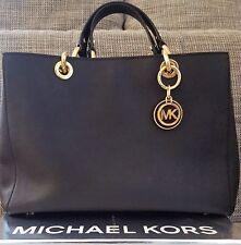 Michael Kors Cynthia MD Convertible Satchel Bag Saffiano Leder