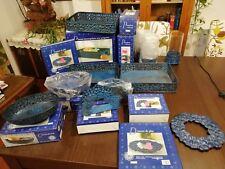 Joli service de présentation 12 pièces en métal couleur bleu motif floral