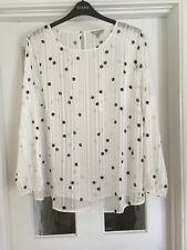 EVANS ANTHOLOGY PLUS SIZE SPOTTED WHITE BLOUSE - Size 28 - BRAND NEW NO TAGS