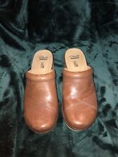 Clarks Artisan Brown Leather Clog Heels Womens 9M Mules High Heel Shoes