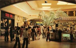 LAREDO, Texas TX   MALL DEL NORTE  Shopping Center Interior  ROADSIDE  Postcard