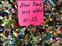 ~100~ Piece Glass Loose Beads Bulk Mixed Lot Craft Jewelry Grab Bag! *Free Gift*