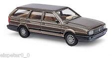 Busch 48121 VW Passat Variant »Metallica«, Brun, H0 Modèle de voiture 1:87