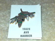 PIN BADGE - AV8 HARRIER JET PLANE