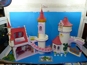 Playmobil #5142 Princess Fantasy Castle