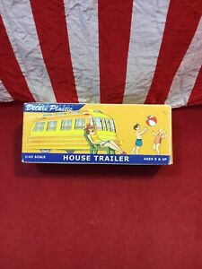VINTAGE DIMESTORE DREAMS HOUSE TRAILER #20022 DELUXE PLASTIC 1:43
