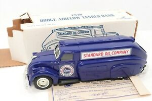 Vintage Ertl 1938 Dodge Airflow Tanker Truck Bank New In Box Standard Oil Compan