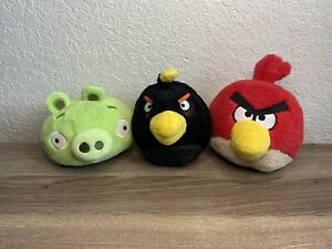 "Angry Birds Commonwealth Plush Lot Of 3 Pig Bomb No Sound 5"" EUC"
