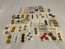 LOT OF VINTAGE SEWING BUTTONS ON THEIR ORIGINAL CARDS MIXED COLORS C17