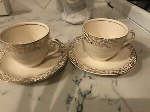 Pair ivory and gold Alfred Meakin vintage teacups & saucers