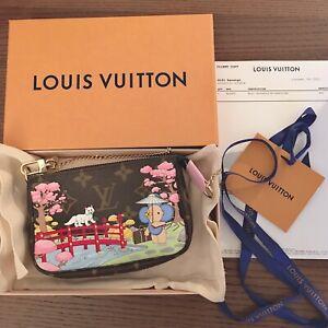 LOUIS VUITTON Mini Pochette Accessoires Christmas 2021 M45905 Authentic