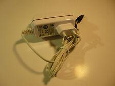 Original Vodafone Netzteil für EasyBox 15V 1,66A 25W 5,5x2,1mm UP0251B-15PE
