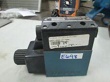 Bosch Hydraulic Directional Valve #9810232077 Max Pressure: 4600 PSI (New)