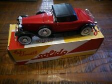 Voitures, camions et fourgons miniatures rouges Solido 1:43