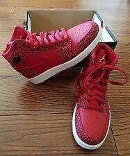 Nike Air Jordan 1 RETRO HIGH Girl Boy Basketball Shoes Sneakers Size 5Y 38 NWOB