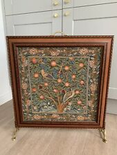 Stunning Wooden William Morris Woodpecker Tapestry Decorative Fire Guard Screen