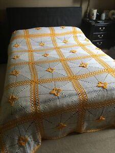 Large Vintage Kitsch Granny Crochet Blanket Bedspread 8 foot square