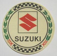 Vecchio Adesivo da Collezione in materiale telato / Old Sticker SUZUKI (cm 8,5)