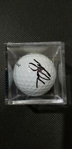 TIGER WOODS AUTOGRAPHED SIGNED EARLY CAREER TITLEIST GOLF BALL WITH CASE & COA