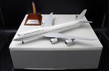 Blank B747-8  Boeing Aircraft Passenger version  1:200 Diecast Models    XX2169