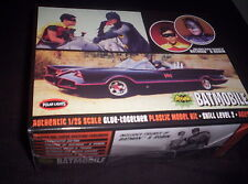 BATMAN ROBIN - MODEL KIT-1966-BATMOBILE+Figures-1:25 Scale-LICENSED NEW IN BOX