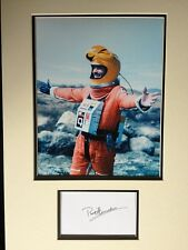 PRENTIS HANCOCK - GREAT ACTOR - SUPERB SIGNED SPACE 1999 COLOUR PHOTO DISPLAY