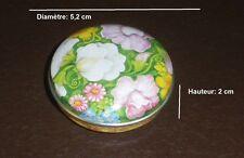 823  Boite vide à bonbons ou pilules en métal D 5,2 cm * H 2 cm