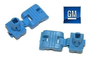 02-06 Chevrolet Avalanche 1500 2500 Tailgate Latch End Rod Clips NEW GM PAIR 987