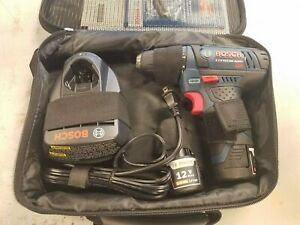 NEW -- Bosch PS31-2A 12V Max Lithium-Ion 3/8in. Cordless Drill Driver Kit