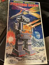 RARE Horikawa 1970's Fighting Battery Operated Toy Robot W/ Box Looks Good!!!