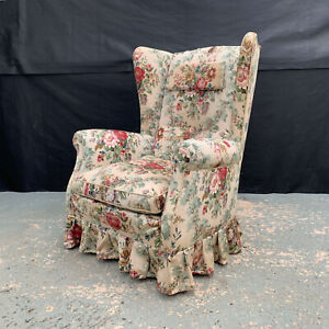 EB1512 Danish Floral Fabric Winged-Backed Arm Chair Mid-Century Modern Lounge