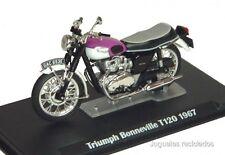 1/24 TRIUMPH BONNEVILLE T120 COLOR VIOLETA MOTO BIKE IXO ALTAYA DIECAS
