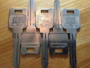 Mazda MZ19 / X201 key blanks. Five(5) blank Ilco Made In USA keys
