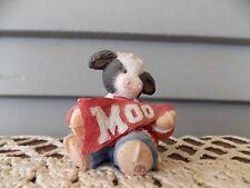 1997 Mary's Moo Moos 297933 Figurine Moo Cheerleader with Banner