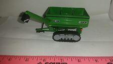 1/64 ERTL custom John deere Frontier gc1108 bu grain cart with tracks farm toy