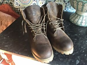 Timberland Boots NEW size 7