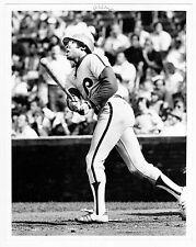 1975 RICHIE ALLEN BASEBALL WIRE SERVICE PHOTO PHILADELPHIA PHILLIES #3