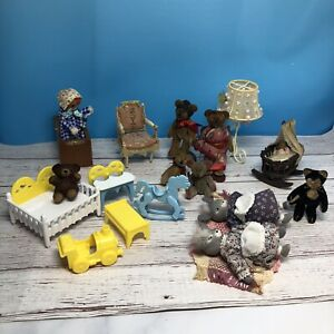 Springford Miniature jointed Animals (4) Dollhouse Furniture Lot