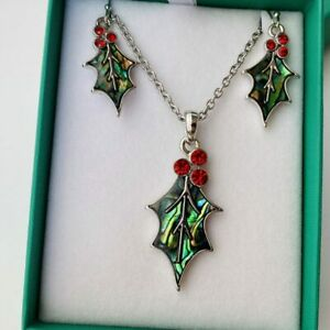 Holly Leaf Paua Shell Necklace Pendant Earrings Set Red Berry Gift Box