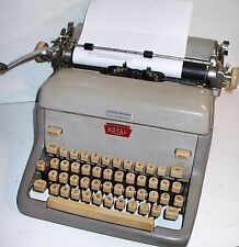 VINTAGE - ROYAL ELITE TYPEWRITER - FPE 6313551 - 1961 - (SEE DESC.)
