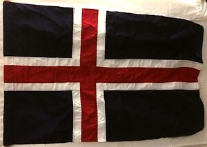 """Flag Republic of Iceland 4'1"""" x 2'11"""" new condition unflown Rayon Govt surplus"""