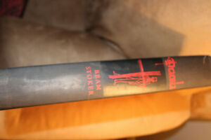Bram Stoker Dracula Book 1965 Heritage Press Felix Hoffman Illustrations