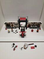 LEGO 75876 Speed Champions Porsche 919 Hybrid Pit Lane - Incomplete